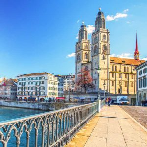 Grossmünster - Schweiz - Luxus- & Individualreisen | Emissa Travel